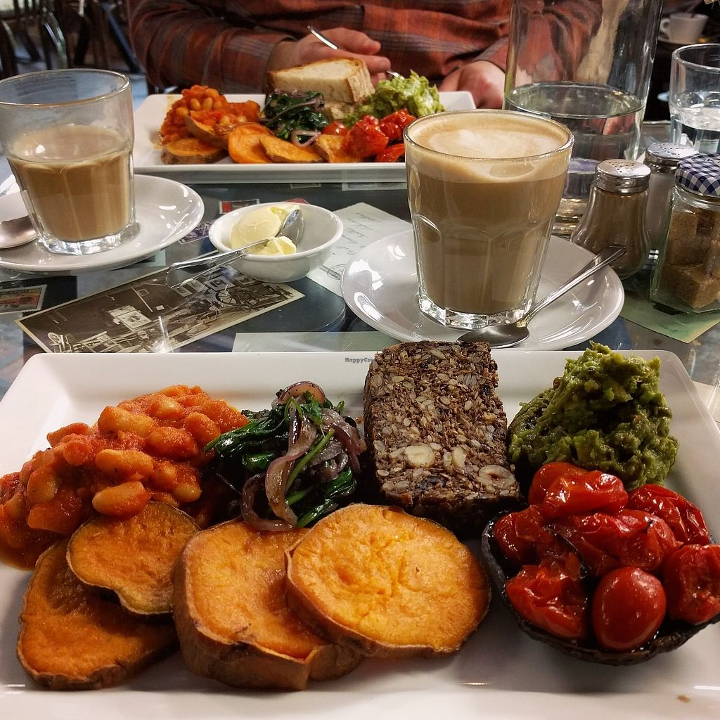 "Photo of Singl-end Cafe & Bakehouse  by <a href=""/members/profile/makemenervous"">makemenervous</a> <br/>Vegan Cooked Breakfast <br/> June 26, 2017  - <a href='/contact/abuse/image/94074/273699'>Report</a>"