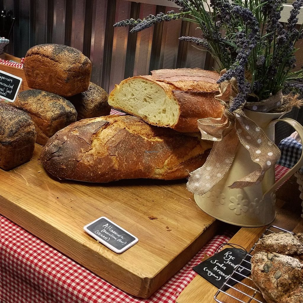 "Photo of Singl-end Cafe & Bakehouse  by <a href=""/members/profile/makemenervous"">makemenervous</a> <br/>Fresh Bread <br/> June 26, 2017  - <a href='/contact/abuse/image/94074/273703'>Report</a>"