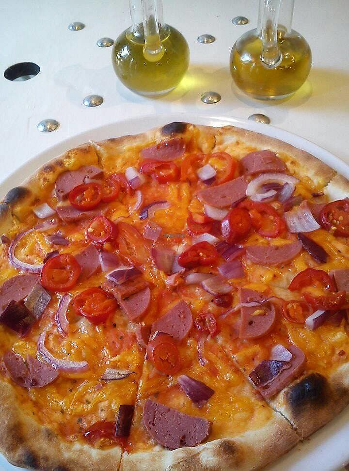 """Photo of Vegan Port Pizza & Restaurant  by <a href=""""/members/profile/FernandoMoreira"""">FernandoMoreira</a> <br/>spicy pizza number 9 <br/> October 16, 2017  - <a href='/contact/abuse/image/94176/315930'>Report</a>"""