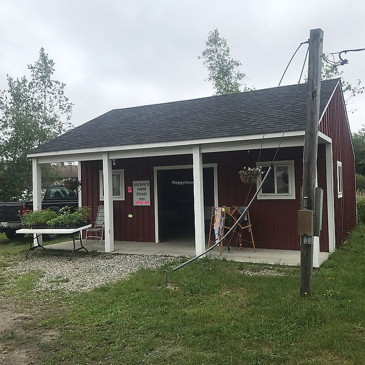 """Photo of Brown's Farm Stand  by <a href=""""/members/profile/Sarah%20P"""">Sarah P</a> <br/>front <br/> June 17, 2017  - <a href='/contact/abuse/image/94233/270122'>Report</a>"""