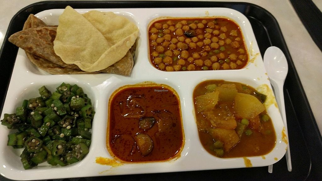 "Photo of Changi Airport T3 - Bikanervala  by <a href=""/members/profile/VeganSoapDude"">VeganSoapDude</a> <br/>Vegan thali <br/> December 26, 2017  - <a href='/contact/abuse/image/94283/339156'>Report</a>"