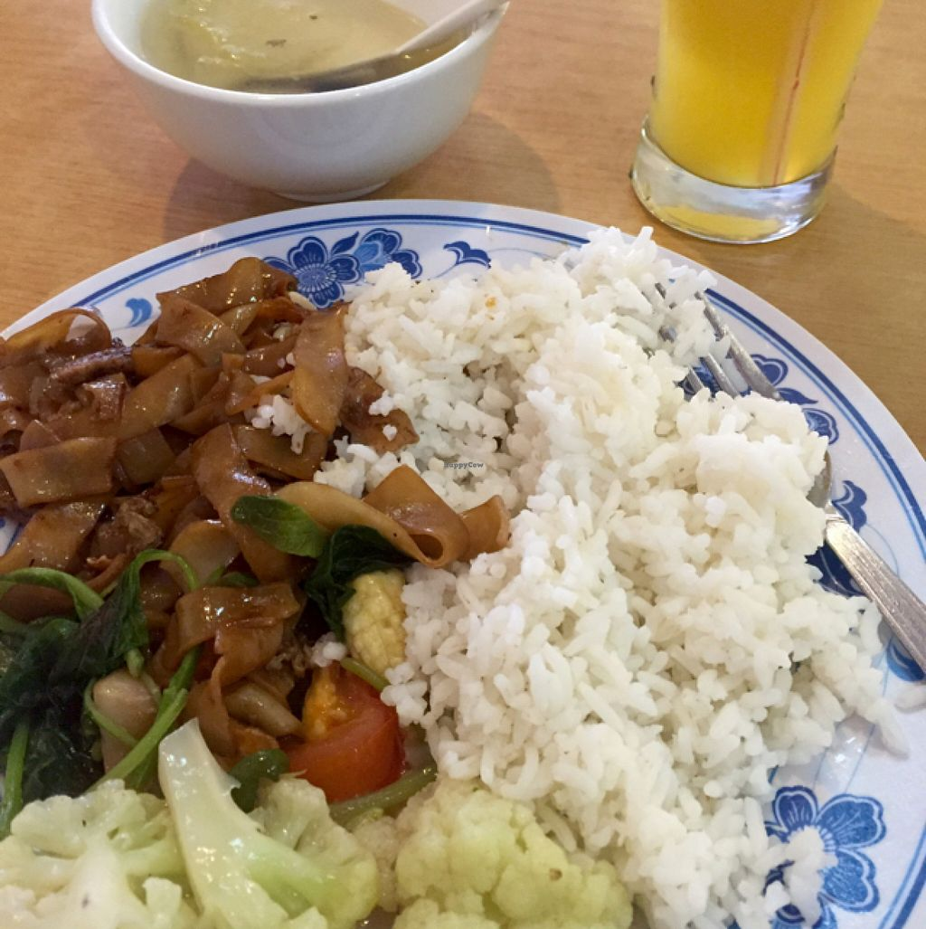 """Photo of Zhun San Yen Vegetarian  by <a href=""""/members/profile/TJ"""">TJ</a> <br/>10RM meal  <br/> July 12, 2016  - <a href='/contact/abuse/image/9428/159465'>Report</a>"""