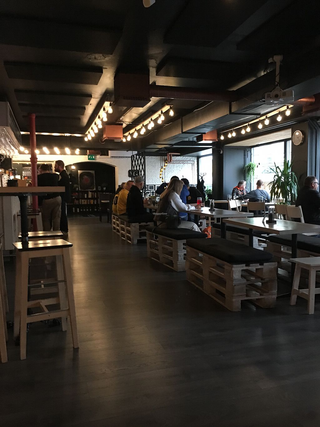 """Photo of Gastropub Betony  by <a href=""""/members/profile/dicesskull"""">dicesskull</a> <br/>Bar and seating area <br/> September 9, 2017  - <a href='/contact/abuse/image/94331/302426'>Report</a>"""