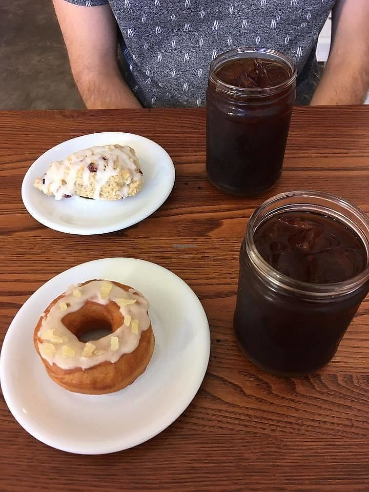 "Photo of Horizon Line Coffee  by <a href=""/members/profile/shafess"">shafess</a> <br/>Cold brew, ginger chai donut, orange cranberry scone <br/> June 19, 2017  - <a href='/contact/abuse/image/94405/271122'>Report</a>"