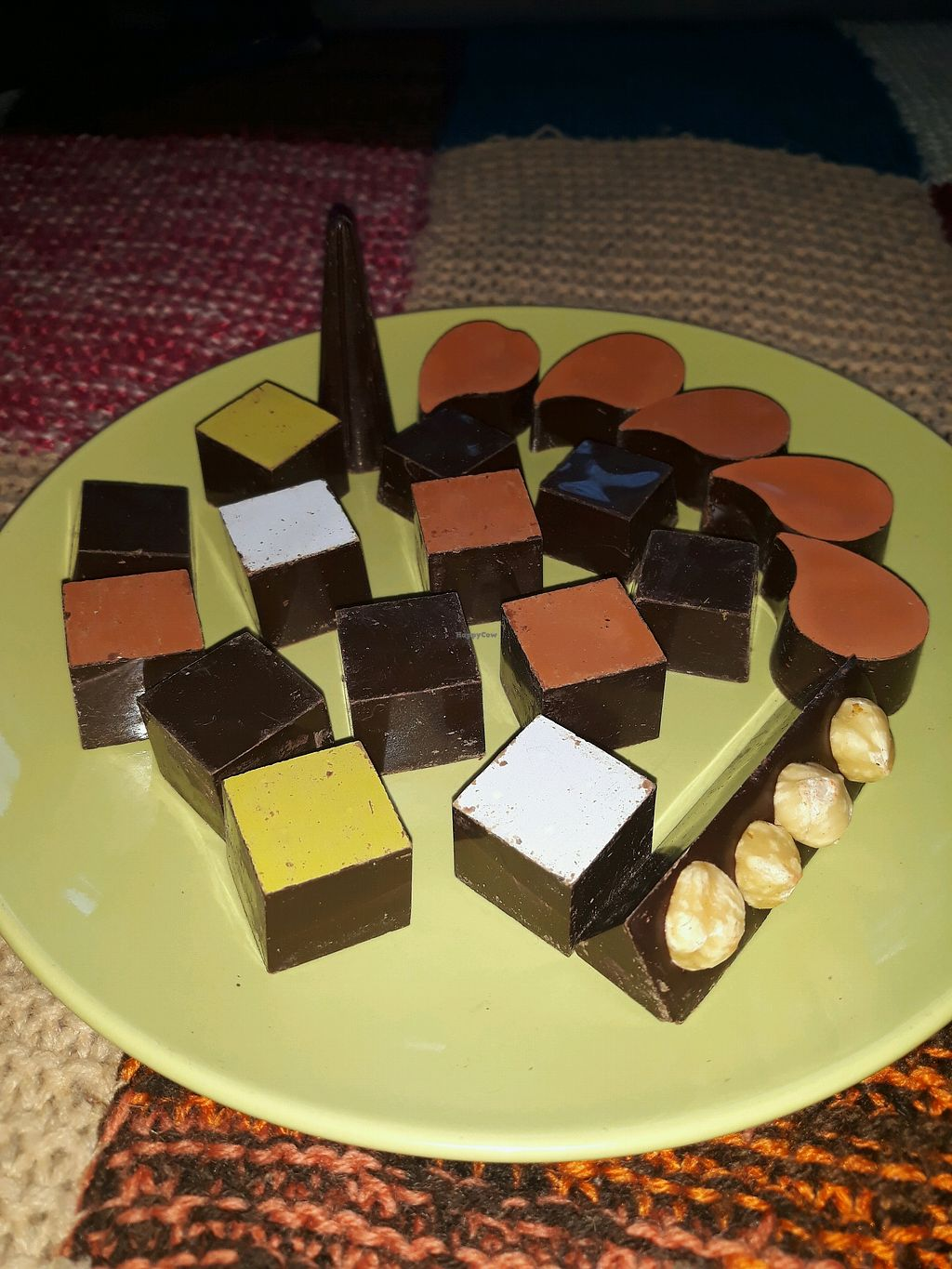 "Photo of Ro Chokolade  by <a href=""/members/profile/LouisePallesen"">LouisePallesen</a> <br/>Selection of their vegan chocolates <br/> April 25, 2018  - <a href='/contact/abuse/image/94482/390907'>Report</a>"