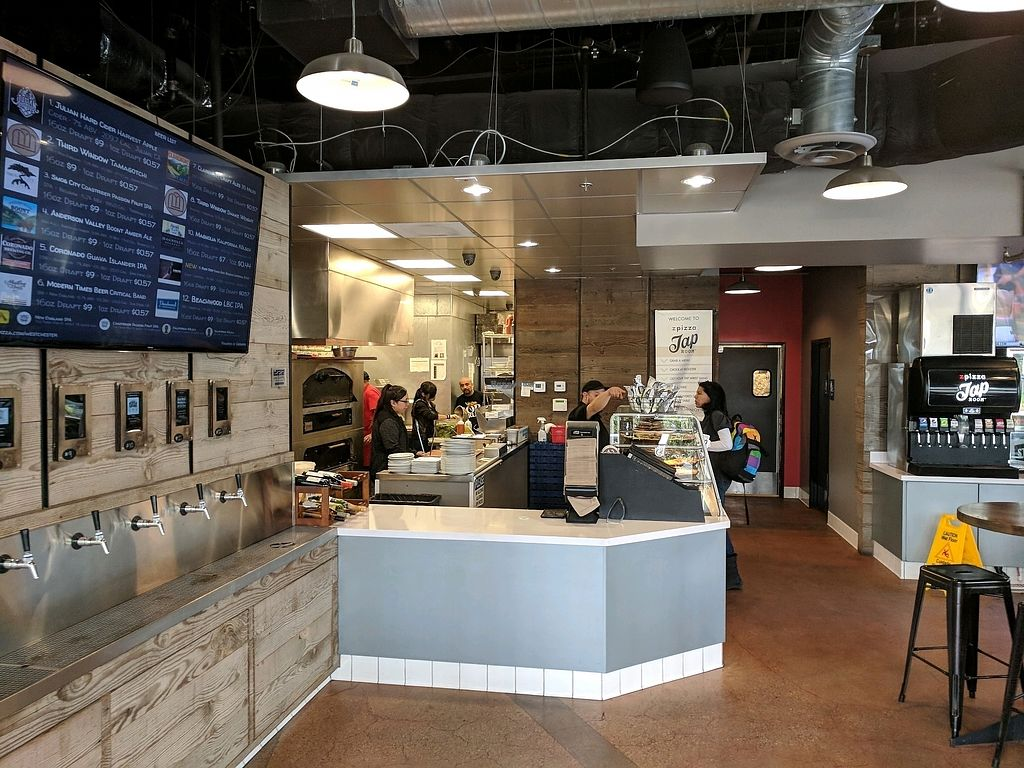 """Photo of zpizza Tap Room  by <a href=""""/members/profile/zenmaestro"""">zenmaestro</a> <br/>interior <br/> January 5, 2018  - <a href='/contact/abuse/image/94487/343352'>Report</a>"""