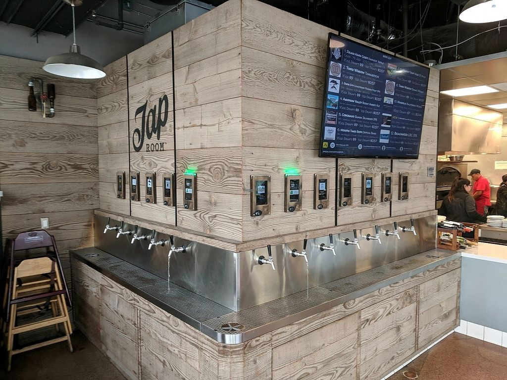 """Photo of zpizza Tap Room  by <a href=""""/members/profile/zenmaestro"""">zenmaestro</a> <br/>beer taps <br/> January 5, 2018  - <a href='/contact/abuse/image/94487/343353'>Report</a>"""