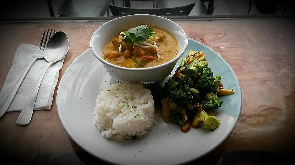 """Photo of Rocket Espresso Bar  by <a href=""""/members/profile/citizenInsane"""">citizenInsane</a> <br/>Daily special, hot pot, with broccoli salad <br/> June 23, 2017  - <a href='/contact/abuse/image/94580/272501'>Report</a>"""