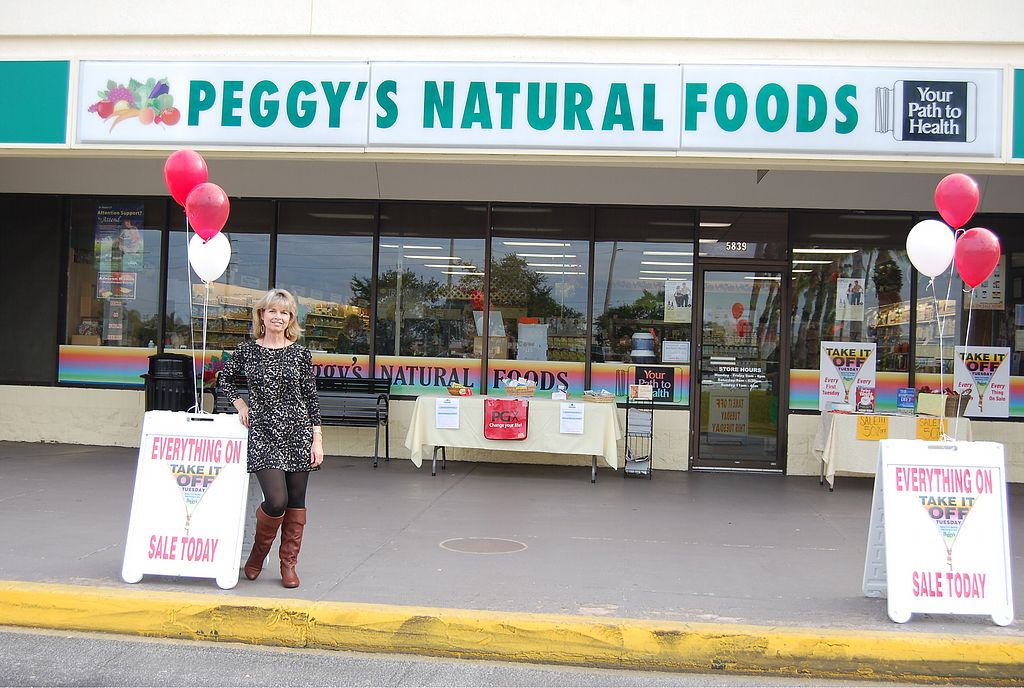 """Photo of Peggy's Natural Foods  by <a href=""""/members/profile/renee.duquette"""">renee.duquette</a> <br/>Front <br/> June 29, 2017  - <a href='/contact/abuse/image/94612/274948'>Report</a>"""
