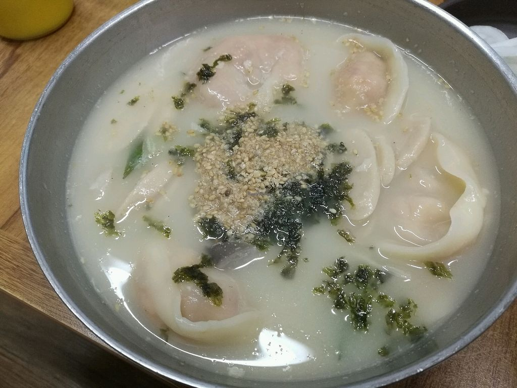 """Photo of ChunCheon-Makguksu  by <a href=""""/members/profile/Coolee"""">Coolee</a> <br/>현미떡만두국 <br/> October 15, 2017  - <a href='/contact/abuse/image/94624/315412'>Report</a>"""