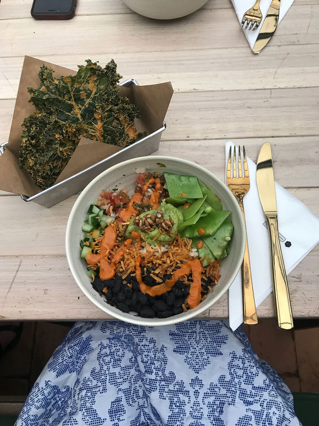 "Photo of Urban Farmcy  by <a href=""/members/profile/fernandacassel"">fernandacassel</a> <br/>Mexican Bowl and Kale Chips <br/> March 18, 2018  - <a href='/contact/abuse/image/94671/372474'>Report</a>"