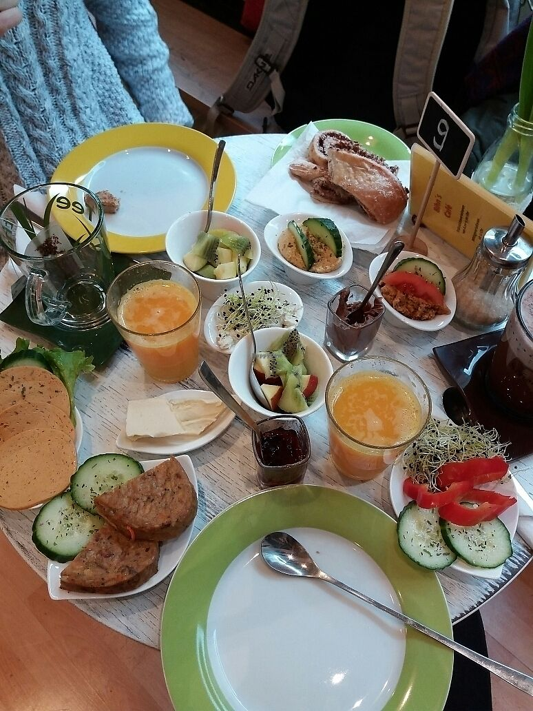 "Photo of Bihn's Bio Cafe  by <a href=""/members/profile/Giniimaus"">Giniimaus</a> <br/>Vegan breakfast for two  <br/> June 28, 2017  - <a href='/contact/abuse/image/94752/274272'>Report</a>"