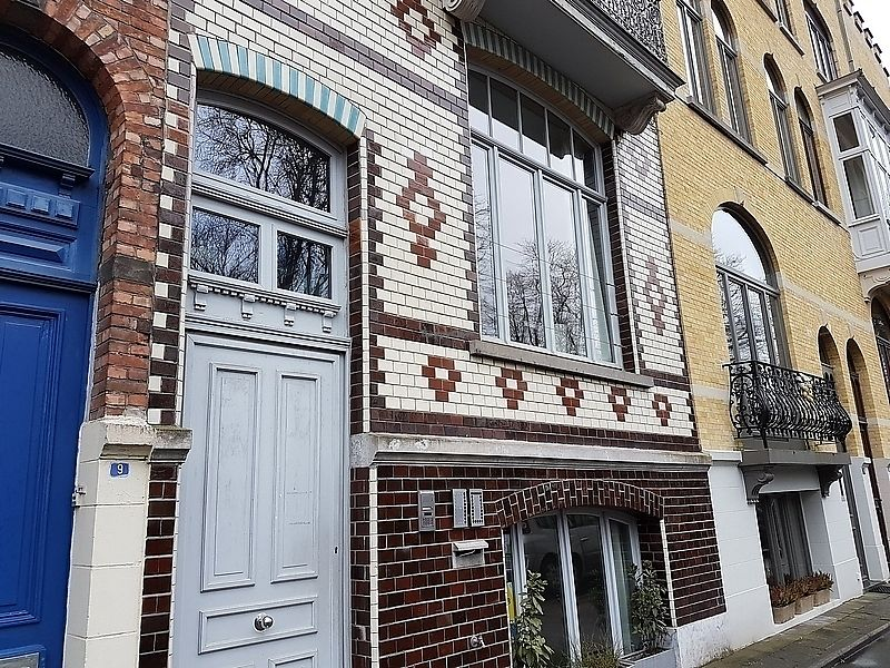 """Photo of Bed and Breakfast AM/PM  by <a href=""""/members/profile/TrudiBruges"""">TrudiBruges</a> <br/>front, entrance <br/> April 4, 2018  - <a href='/contact/abuse/image/94757/380510'>Report</a>"""