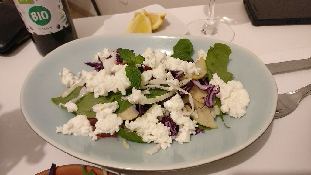 """Photo of Hortela - Cafetaria Organica  by <a href=""""/members/profile/basharania"""">basharania</a> <br/>fresh salad with cottage cheese <br/> July 21, 2017  - <a href='/contact/abuse/image/94971/283017'>Report</a>"""