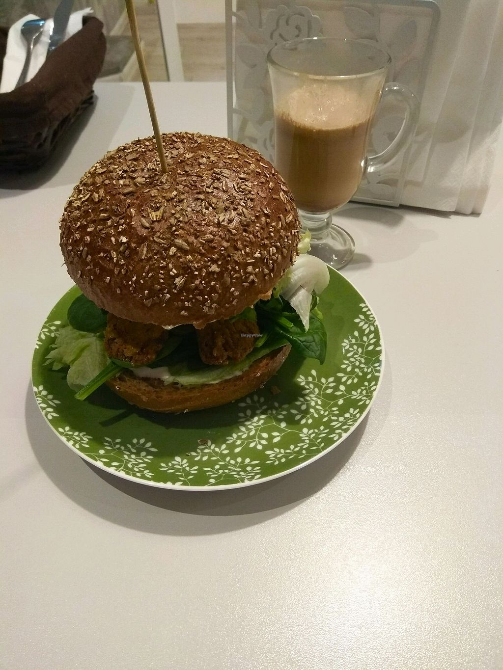 """Photo of Zielona Micha  by <a href=""""/members/profile/Rene.Zinho"""">Rene.Zinho</a> <br/>most delicious burger for everyone who likes mushrooms. not on the menu on the wall. just ask for it. ;) <br/> November 29, 2017  - <a href='/contact/abuse/image/94991/330633'>Report</a>"""