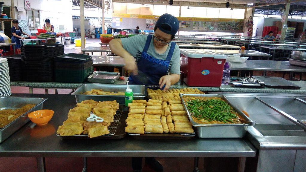 "Photo of Dharma Realm Guan Yin Sagely Monastery   by <a href=""/members/profile/ChoyYuen"">ChoyYuen</a> <br/>Handmade spring rolls <br/> April 9, 2018  - <a href='/contact/abuse/image/9499/382965'>Report</a>"