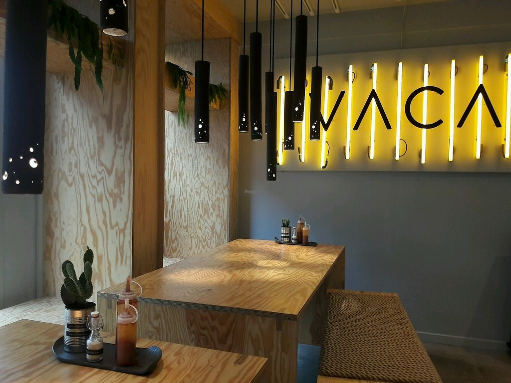 """Photo of VACA  by <a href=""""/members/profile/piffelina"""">piffelina</a> <br/>Dining area <br/> September 8, 2017  - <a href='/contact/abuse/image/95007/302024'>Report</a>"""