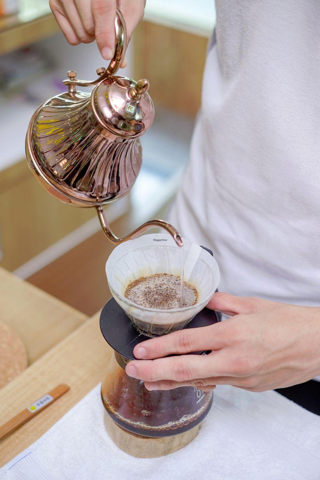 "Photo of LN Fortunate Coffee - Cemara Asri  by <a href=""/members/profile/YansenChandra"">YansenChandra</a> <br/>Manual brew process <br/> July 1, 2017  - <a href='/contact/abuse/image/95045/275416'>Report</a>"