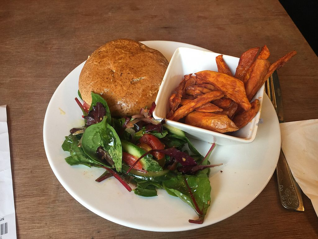 "Photo of Eat of Eden  by <a href=""/members/profile/DianaA.Costa"">DianaA.Costa</a> <br/>Mushroom burger with sweet potato chips <br/> March 19, 2018  - <a href='/contact/abuse/image/95115/373100'>Report</a>"