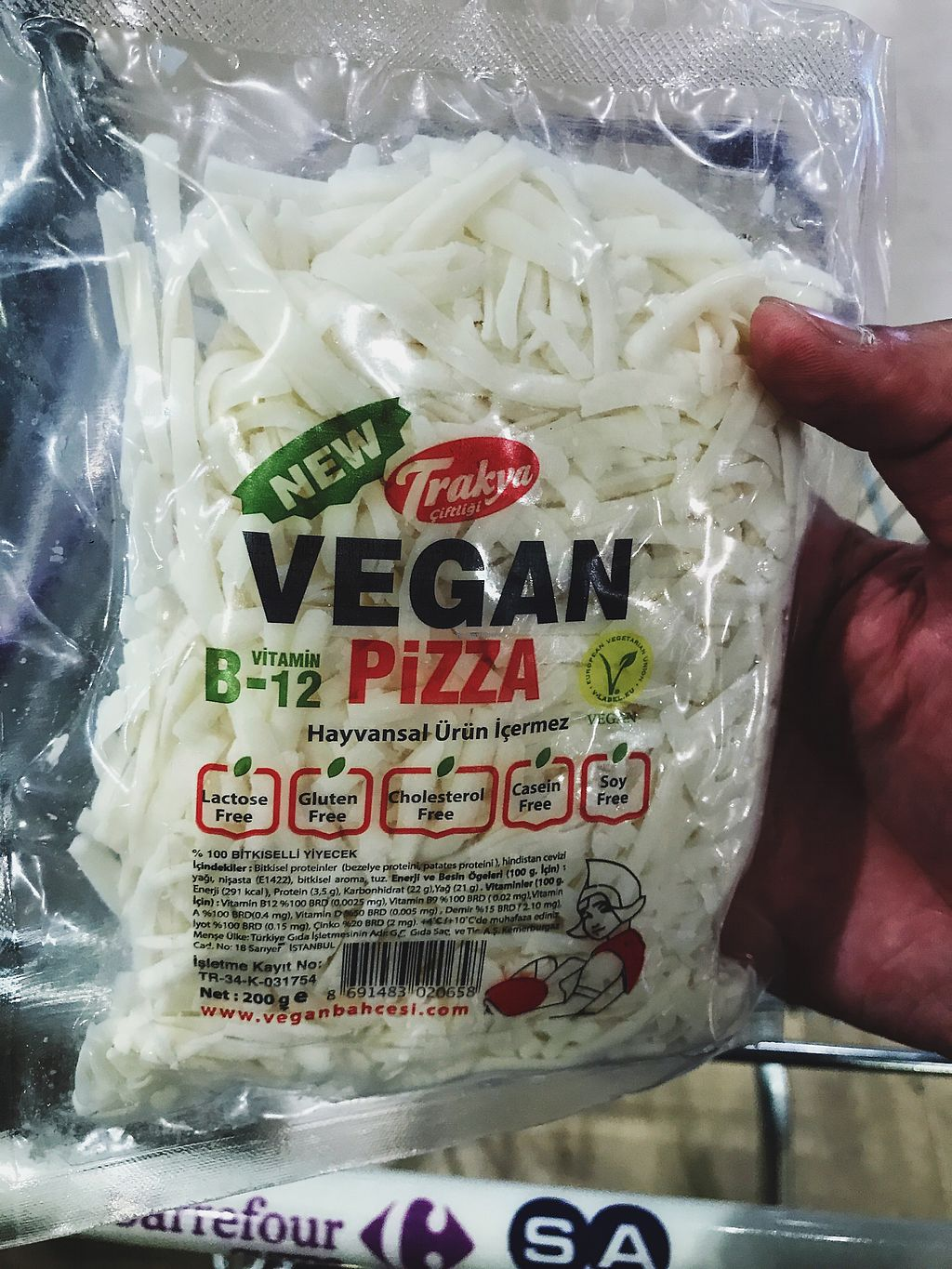 "Photo of CarrefourSA  by <a href=""/members/profile/veganoteacher"">veganoteacher</a> <br/>Vegan Cheese for Pizza <br/> July 6, 2017  - <a href='/contact/abuse/image/95254/277053'>Report</a>"