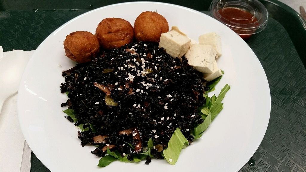 """Photo of Veg On The Edge  by <a href=""""/members/profile/Conniemm"""">Conniemm</a> <br/>Forbidden black rice with shiitake mushrooms and tofu <br/> September 6, 2017  - <a href='/contact/abuse/image/95261/301351'>Report</a>"""