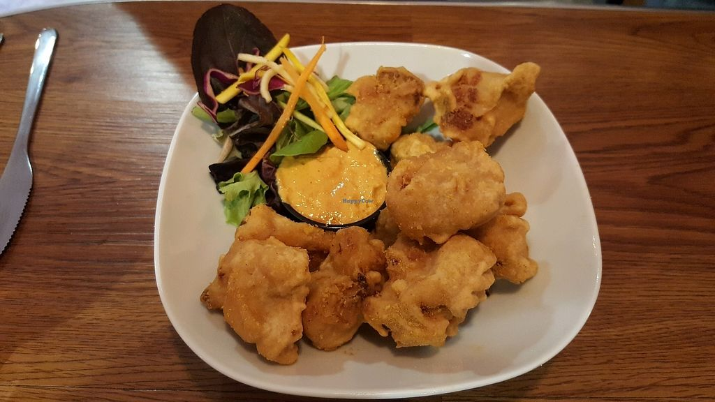 """Photo of CLOSED: Wellington Market Kitchen  by <a href=""""/members/profile/casstastrophe"""">casstastrophe</a> <br/>best cauliflower bites <br/> September 10, 2017  - <a href='/contact/abuse/image/95284/302765'>Report</a>"""