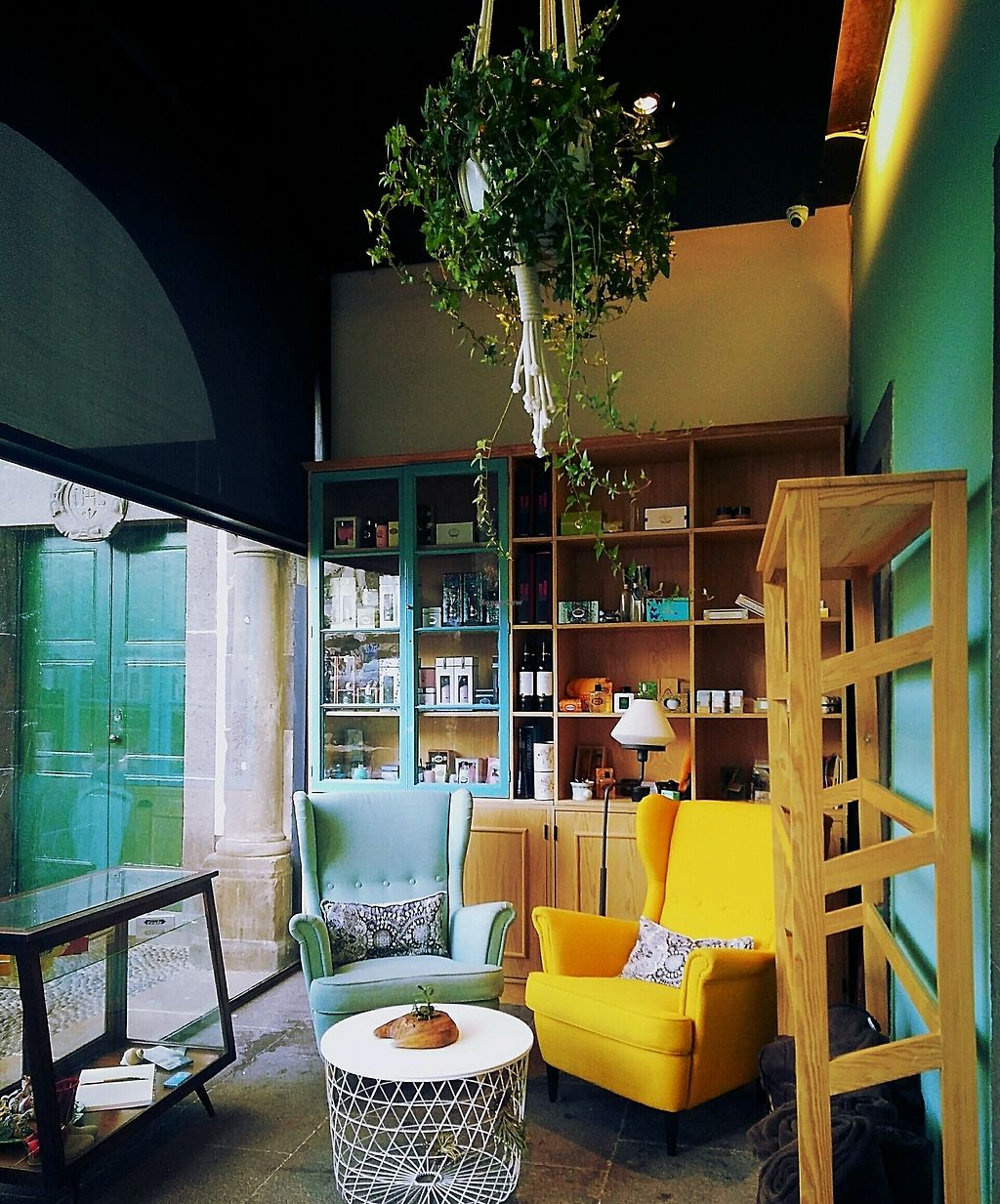 """Photo of Museu Cafe  by <a href=""""/members/profile/Letitia"""">Letitia</a> <br/>Cafe deco <br/> December 12, 2017  - <a href='/contact/abuse/image/95380/334990'>Report</a>"""