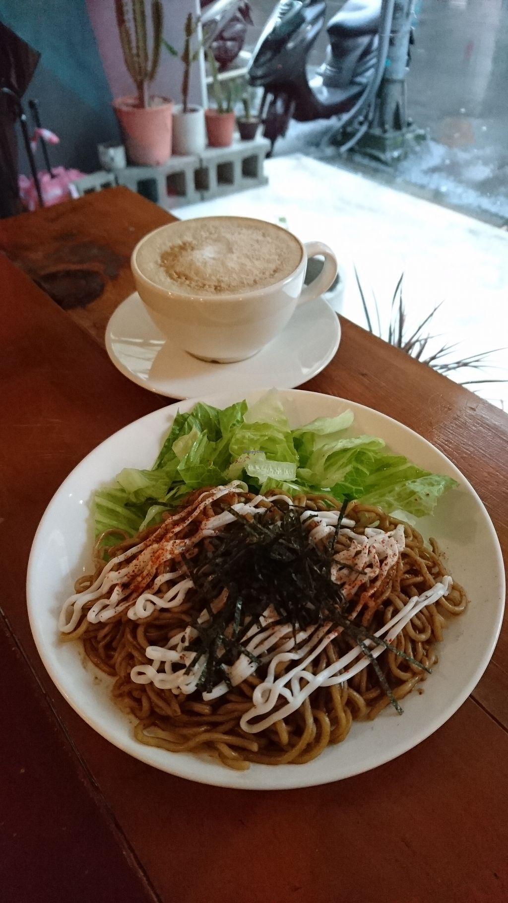 """Photo of Zhen De Coffee  by <a href=""""/members/profile/V-for-Vegan"""">V-for-Vegan</a> <br/>Japanese Fried Noodle <br/> March 18, 2018  - <a href='/contact/abuse/image/95386/372678'>Report</a>"""