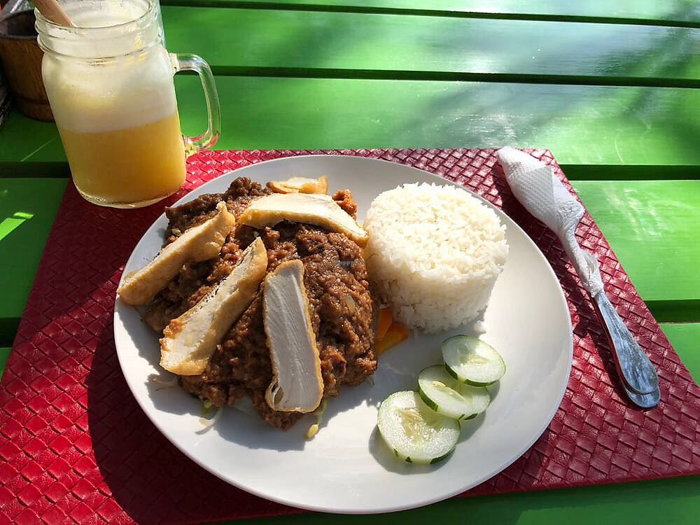 """Photo of Hungry Marlin Restaurant  by <a href=""""/members/profile/LaurieKing"""">LaurieKing</a> <br/>Gado Gado (without egg) <br/> October 31, 2017  - <a href='/contact/abuse/image/95608/320326'>Report</a>"""