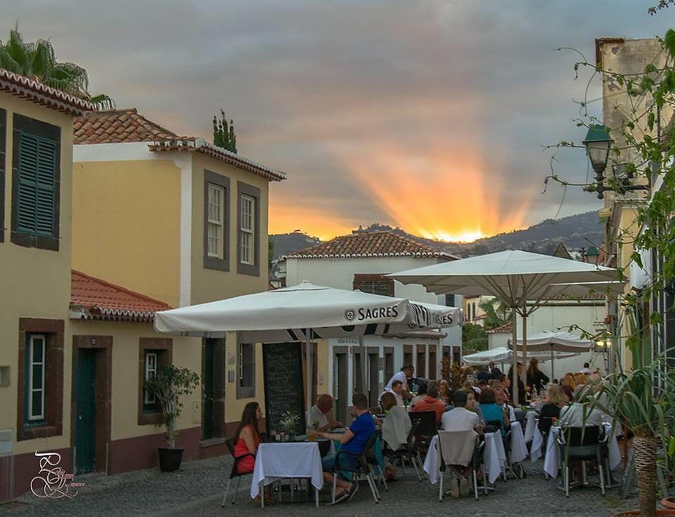 "Photo of Copaki Restaurant Bar  by <a href=""/members/profile/Jensavia"">Jensavia</a> <br/>Lovely sunset at copaki <br/> July 25, 2017  - <a href='/contact/abuse/image/95699/284675'>Report</a>"