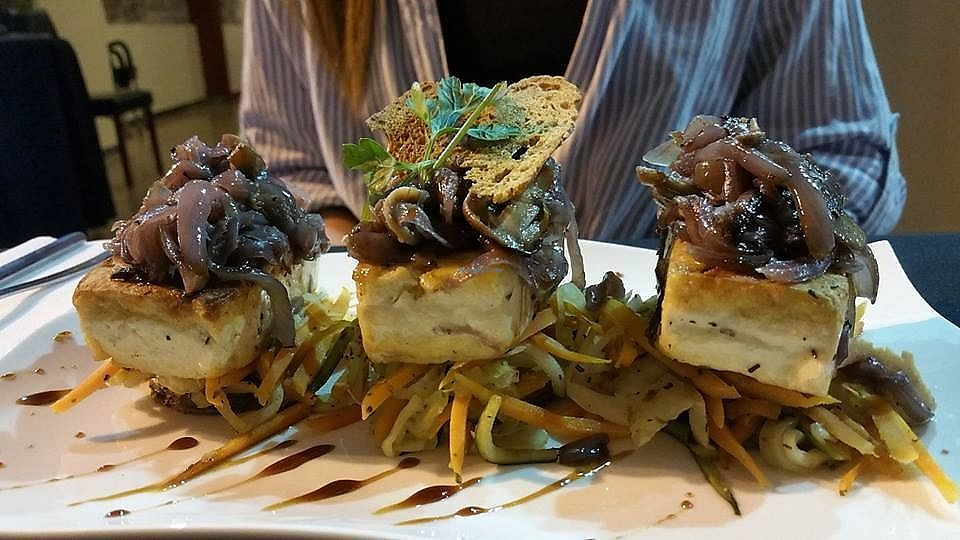 """Photo of Copaki Restaurant Bar  by <a href=""""/members/profile/Jensavia"""">Jensavia</a> <br/>Tofu with fresh mushrooms and caramelized onions in a port wine sauce <br/> July 25, 2017  - <a href='/contact/abuse/image/95699/284676'>Report</a>"""
