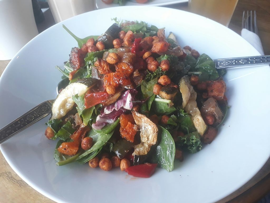 """Photo of Miranda Cafe  by <a href=""""/members/profile/LauraMu"""">LauraMu</a> <br/>Crispy chickpea salad <br/> August 1, 2017  - <a href='/contact/abuse/image/95778/287691'>Report</a>"""