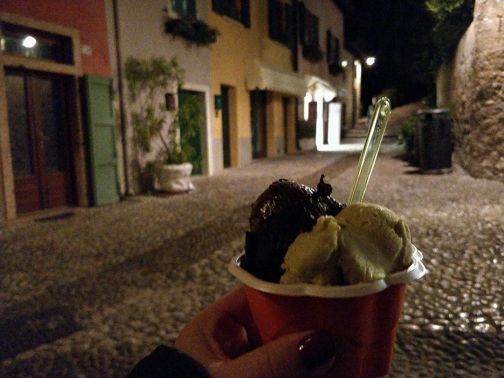 "Photo of Gelateria Cento Per Cento  by <a href=""/members/profile/sunshineMUC"">sunshineMUC</a> <br/>yummy vegan gelato <br/> October 7, 2017  - <a href='/contact/abuse/image/95811/312889'>Report</a>"
