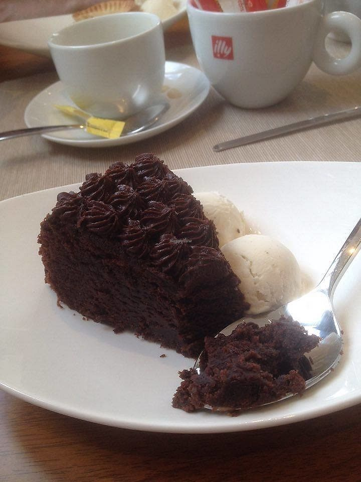 """Photo of Envy Vegetarian Eatery  by <a href=""""/members/profile/DawnClare"""">DawnClare</a> <br/>Vegan chocolate cake and ice cream <br/> August 13, 2017  - <a href='/contact/abuse/image/95898/292420'>Report</a>"""