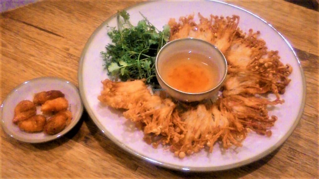"""Photo of Tinh Tam Tra  by <a href=""""/members/profile/Trambau"""">Trambau</a> <br/>Fried enokitake served with fried mungbean-shrimp <br/> April 3, 2018  - <a href='/contact/abuse/image/95959/380047'>Report</a>"""