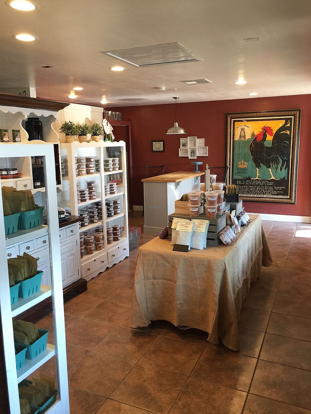 """Photo of Taylor's Provisions  by <a href=""""/members/profile/deltashark"""">deltashark</a> <br/>Seasonal display of items in the store.  <br/> July 15, 2017  - <a href='/contact/abuse/image/96286/280793'>Report</a>"""