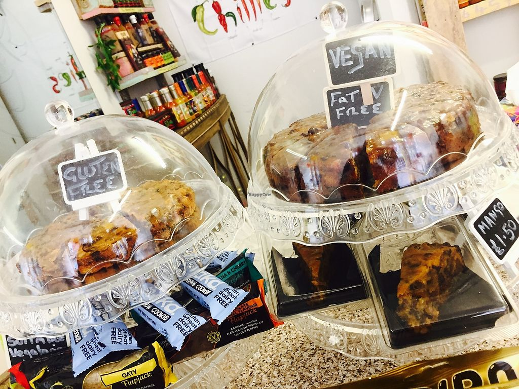 """Photo of Chelle's Pantry  by <a href=""""/members/profile/TARAMCDONALD"""">TARAMCDONALD</a> <br/>Delicious homemade vegan cake by Chelle's pantry Rochester <br/> August 19, 2017  - <a href='/contact/abuse/image/96288/294349'>Report</a>"""