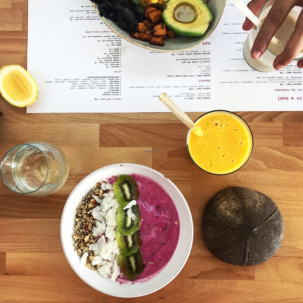 """Photo of Bowl  by <a href=""""/members/profile/thecharlotte"""">thecharlotte</a> <br/>Dragon fruit smoothie bowl and mango smoothie  <br/> August 23, 2017  - <a href='/contact/abuse/image/96388/296452'>Report</a>"""