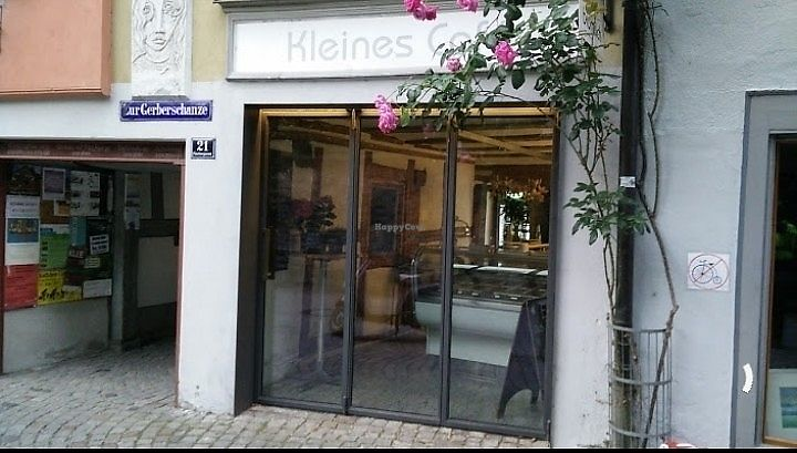 "Photo of Kleines Cafe  by <a href=""/members/profile/annarebeccaanna"">annarebeccaanna</a> <br/>Kleines Café <br/> July 16, 2017  - <a href='/contact/abuse/image/96400/281157'>Report</a>"