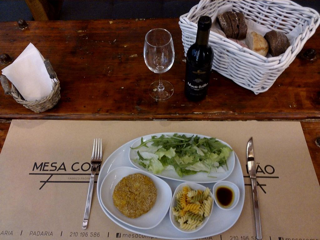 """Photo of Mesa com Pão  by <a href=""""/members/profile/community5"""">community5</a> <br/>Vegan plate <br/> July 21, 2017  - <a href='/contact/abuse/image/96434/282814'>Report</a>"""