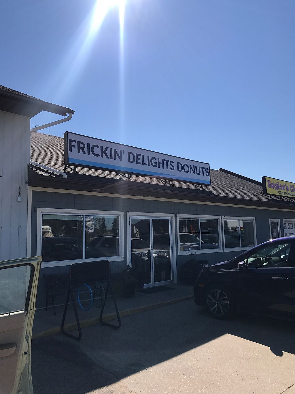"""Photo of Frickin' Delights Donuts  by <a href=""""/members/profile/vegetariangirl"""">vegetariangirl</a> <br/>front of building  <br/> August 11, 2017  - <a href='/contact/abuse/image/96440/291636'>Report</a>"""