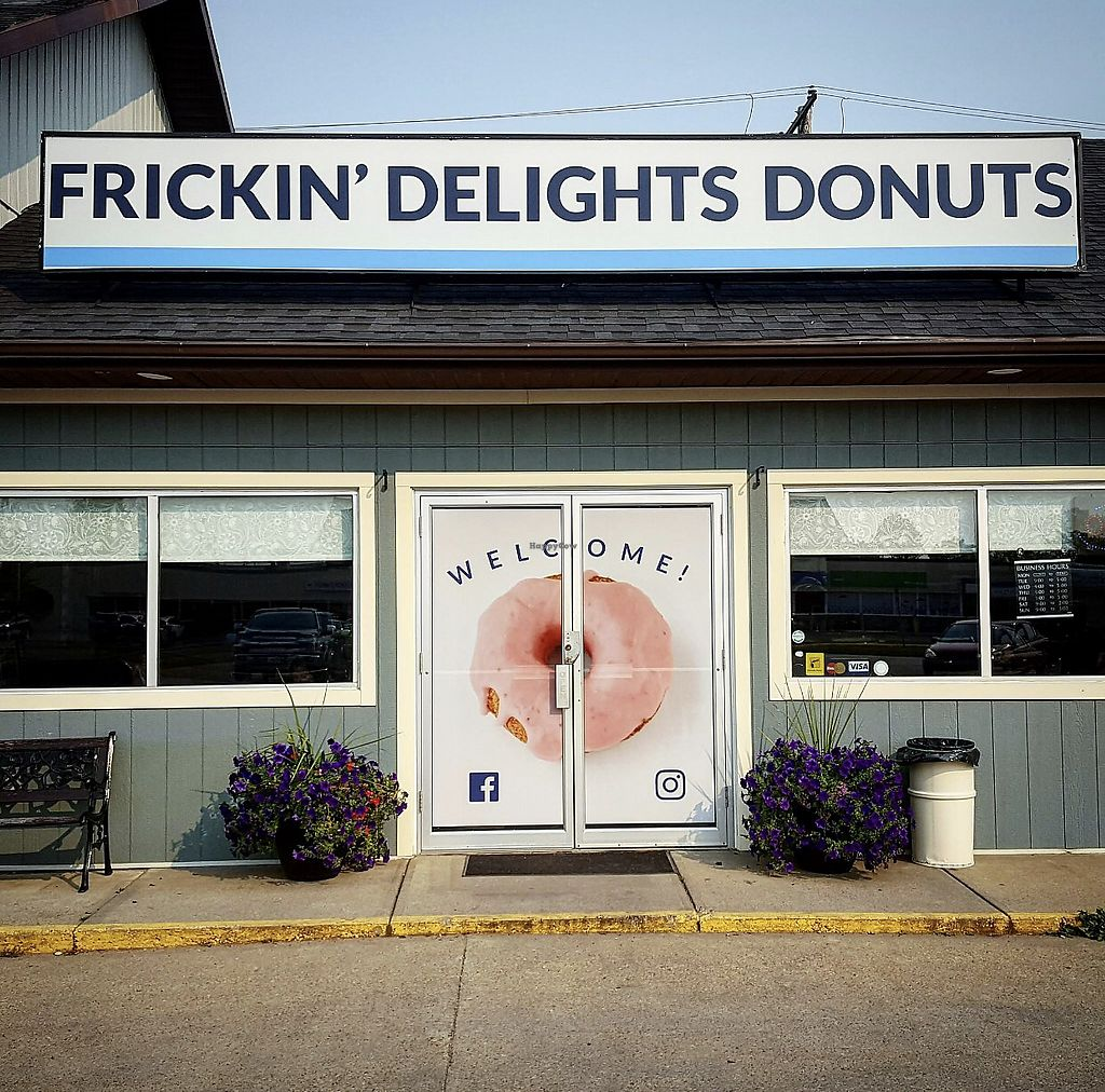 """Photo of Frickin' Delights Donuts  by <a href=""""/members/profile/vegetariangirl"""">vegetariangirl</a> <br/>Front door  <br/> August 31, 2017  - <a href='/contact/abuse/image/96440/299537'>Report</a>"""