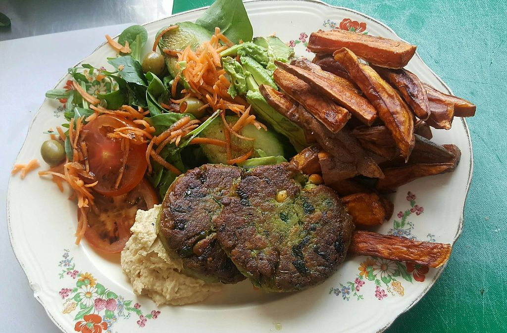 """Photo of Arts Cafe  by <a href=""""/members/profile/VictorHugoLimachi"""">VictorHugoLimachi</a> <br/>Falafel and sweet potato fries <br/> July 18, 2017  - <a href='/contact/abuse/image/96495/281715'>Report</a>"""