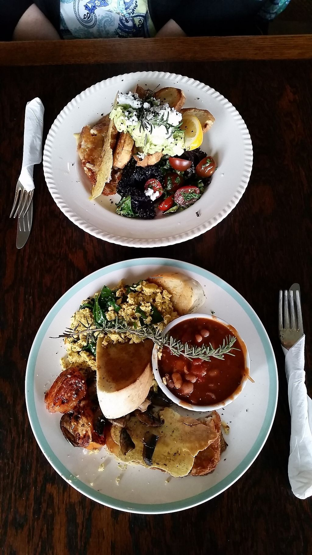 "Photo of Portershed  by <a href=""/members/profile/AndyTheVWDude"">AndyTheVWDude</a> <br/>The Blue-Collar Breakfast & the Hash Avo Mash ~ Fabulous! <br/> September 5, 2017  - <a href='/contact/abuse/image/96516/300986'>Report</a>"