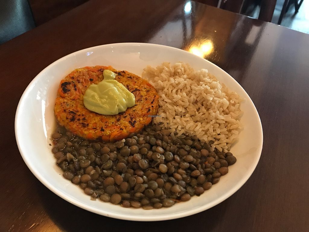 """Photo of Barao Natural - B5  by <a href=""""/members/profile/Paolla"""">Paolla</a> <br/>Carrot burger, lentils and rice <br/> September 9, 2017  - <a href='/contact/abuse/image/96534/302651'>Report</a>"""