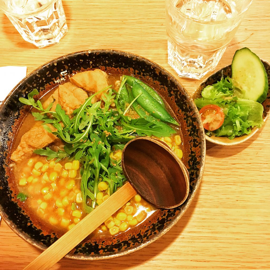 "Photo of Momotoko  by <a href=""/members/profile/luuuris"">luuuris</a> <br/>Miso Vegetable ramen without the egg (vegan) <br/> April 20, 2018  - <a href='/contact/abuse/image/96606/388402'>Report</a>"