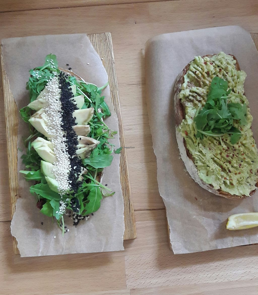 "Photo of Coffee Room  by <a href=""/members/profile/jennyc32"">jennyc32</a> <br/>Sliced avocado on toast (veganised), and smashed avo on toast (vegan) <br/> August 4, 2017  - <a href='/contact/abuse/image/96612/288582'>Report</a>"