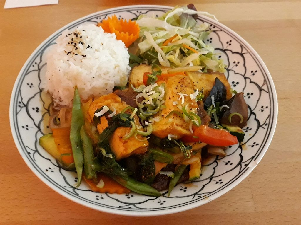 """Photo of +84 Asian Restaurant  by <a href=""""/members/profile/HannaStra%C3%9Fburger"""">HannaStraßburger</a> <br/>tofu and vegetables with hoisin sauce    <br/> April 8, 2018  - <a href='/contact/abuse/image/96619/382293'>Report</a>"""