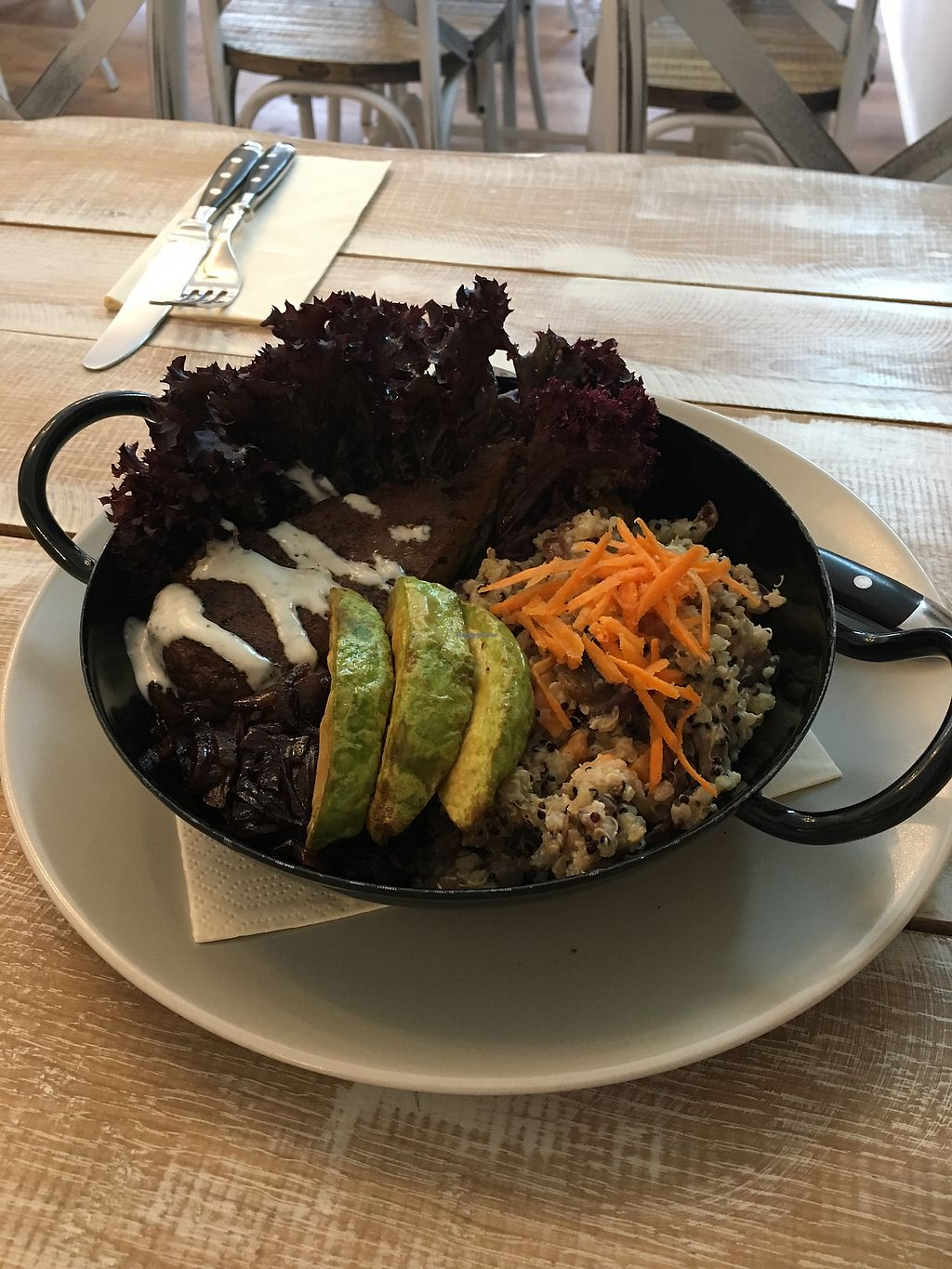 """Photo of Veggiezz - Opernring  by <a href=""""/members/profile/LilyHarper"""">LilyHarper</a> <br/>Steak bowl - AHHHHMAZING <br/> September 7, 2017  - <a href='/contact/abuse/image/96634/301794'>Report</a>"""