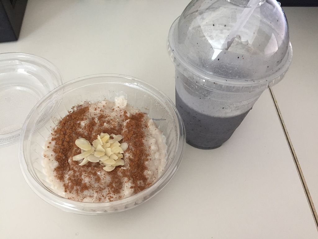 """Photo of Blend Cups Organic  by <a href=""""/members/profile/TracyV600"""">TracyV600</a> <br/>vegan rice pudding and vegan blueberry peanut butter smoothie <br/> July 20, 2017  - <a href='/contact/abuse/image/96656/282490'>Report</a>"""